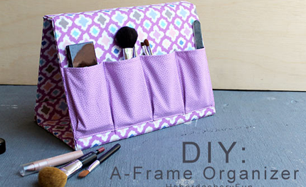 DIY : une trousse-support à maquillage, (mais pas que)